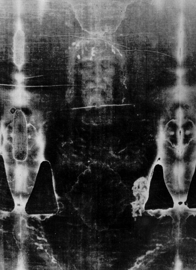 Φωτογραφικό αρνητικό της Ιεράς Σινδόνης