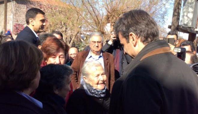 Στη Λέσβο ο Κυριάκος Μητσοτάκης: Η κυβέρνηση οφείλει να τηρήσει τις δεσμεύσεις της για hot spots στα νησιά του Αιγαίου