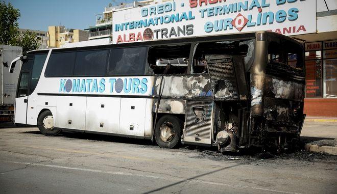Εμπρησμός τα ξημερώματα σε τουριστικό λεωφορείο ταξιδιωτικού πρακτορείου Αλβανικών συμφερόντων