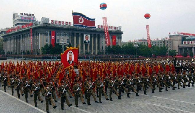 Παρέλαση για το κομμουνιστικό καθεστώς