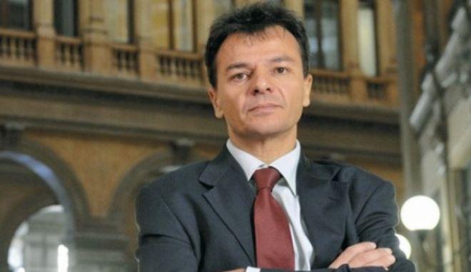 Ιταλία: Παραιτήθηκε ο υφυπουργός Οικονομικών