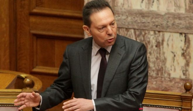 Ο υπουργός Οικονομικών, Γιάννης Στουρνάρας, απαντά στην επίκαιρη ερώτηση του προέδρου της Κοινοβουλευτικής Ομάδας του ΣΥΡΙΖΑ/ ΕΚΜ, Αλέξη Τσίπρα, προς τον Πρωθυπουργό, σχετικά με τη δημόσια ομολογία στελεχών του Διεθνούς Νομισματικού Ταμείου περί «λάθους» στο δημοσιονομικό πολλαπλασιαστή. (EUROKINISSI/ΓΕΩΡΓΙΑ ΠΑΝΑΓΟΠΟΥΛΟΥ)