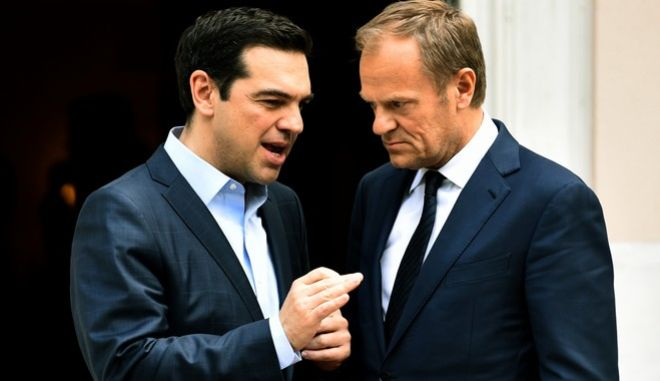Συνάντηση του πρωθυπουργού Αλέξη Τσίπρα με τον πρόεδρο του Ευρωπαϊκού Συμβουλίου, Ντόναλντ Τουσκ την Τετάρτη 5 Απριλίου 2017. (EUROKINISSI/ΤΑΤΙΑΝΑ ΜΠΟΛΑΡΗ)