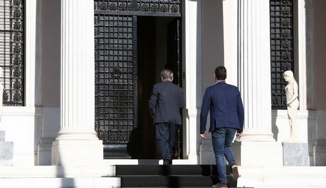 Συνεδρίαση του Κυβερνητικού Συμβουλίου την Τετάρτη 13 Μαΐου 2015, στο Μέγαρο Μαξίμου. (EUROKINISSI/ΣΤΕΛΙΟΣ ΜΙΣΙΝΑΣ)