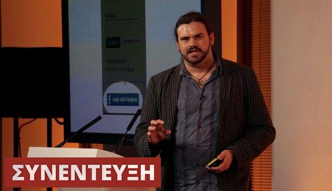 John Lunn: Ένας από τους καλύτερους χάκερ του πλανήτη, αναλύει τα μυστικά του