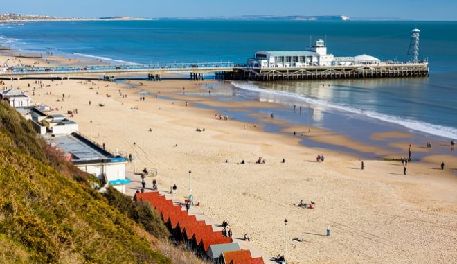 Η παραλία στο Bournemouth