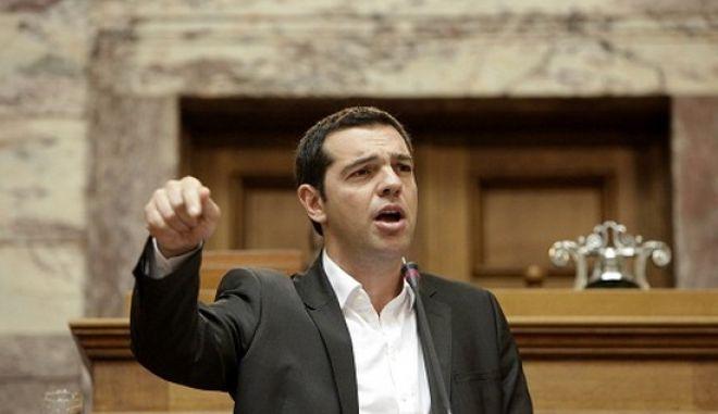 Στιγμιότυπο από την ομιλία του Α. Τσίπρα στη συνεδρίαση της κοινοβουλευτικής Ομάδας του ΣΥΡΙΖΑ, την Τετάρτη 29 Μαΐου 2013, στην Βουλή. (EUROKINISSI/ΓΕΩΡΓΙΑ ΠΑΝΑΓΟΠΟΥΛΟΥ)
