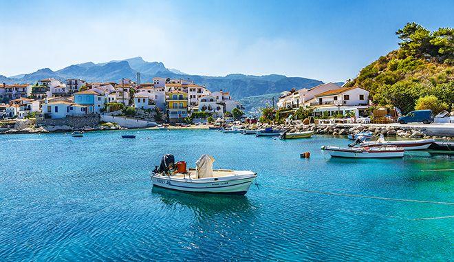 Ποια ελληνικά νησιά επιλέγουν online οι Αμερικανοί και ποια οι Τούρκοι