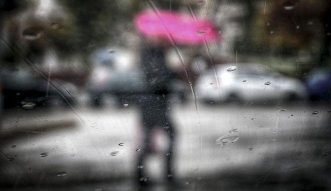 Βροχή στους δρόμους της Αθήνας την Πέμπτη 4 Ιανουαρίου 2018. (EUROKINISSI/ΓΙΩΡΓΟΣ ΚΟΝΤΑΡΙΝΗΣ)