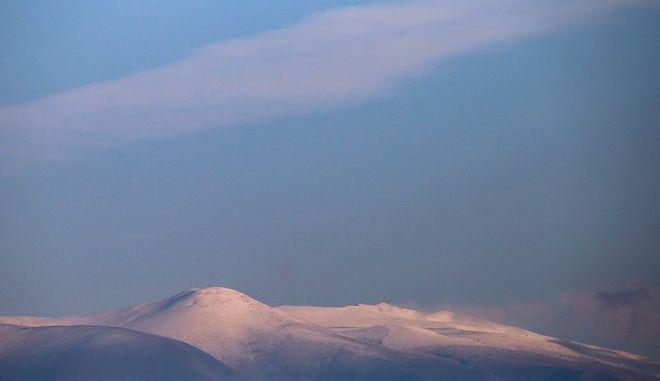 Οι χιονισμένες κορυφές του Ολύμπου