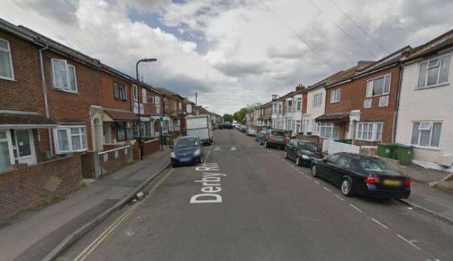 Σοκ στη Βρετανία: 13χρονος πήρε μέρος σε ομαδικό βιασμό γυναίκας