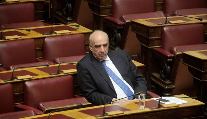 Συζήτηση επίκαιρων ερωτήσεων στην Βουλή την Παρασκευή 18 Δεκεμβρίου 2015. (EUROKINISSI/ΓΙΩΡΓΟΣ ΚΟΝΤΑΡΙΝΗΣ)