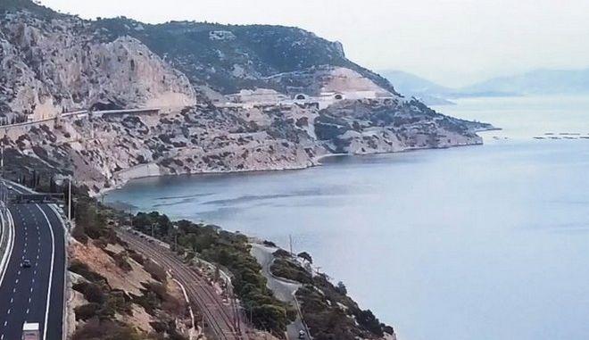 Οδηγώντας στην Αθηνών-Πατρών αντιλαμβανόμαστε τι σημαίνει σύγχρονος αυτοκινητόδρομος