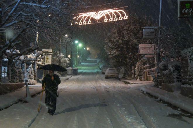 Χιόνι στη Δροσιά Διονύσου
