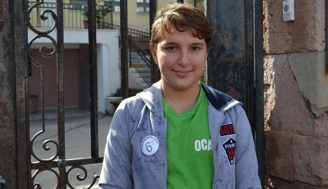 Ο μικρός Ιμάν απ' το Αφγανιστάν θα παρελάσει αύριο στη Μυτιλήνη