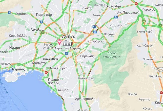 Κίνηση στους δρόμους: H βροχή έφερε προβλήματα