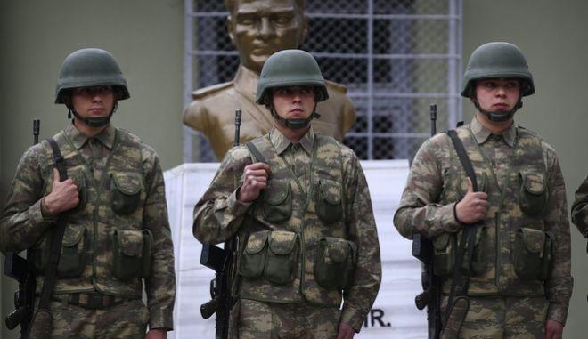 Η Τουρκία επισπεύδει την αποστολή στρατιωτών στο Κατάρ