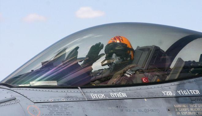 Τούρκος πιλότος F-16D