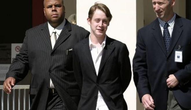Ο Κάλκιν την εποχή που είχε καταθέσει στην πολύκροτη δίκη του Μάικλ Τζάκσον