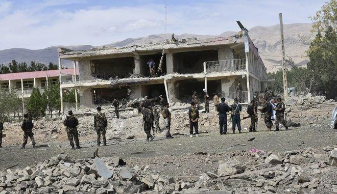 Αεροπορικές επιδρομές στο ανατολικό Αφγανιστάν σκότωσαν 45 ανθρώπους
