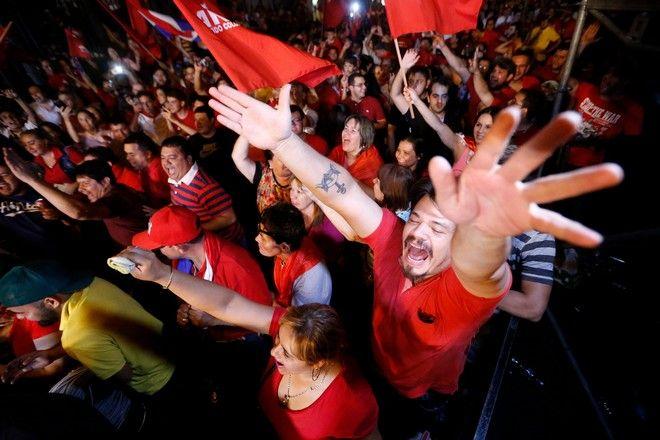 φωτογραφίες από την εκλογική νίκη του Μάριο Άμπντο Μπενίτες