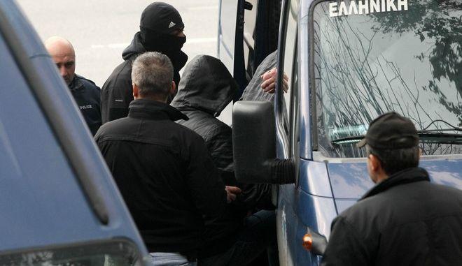 Θεσσαλονίκη, στον ανακριτή οδηγήθηκαν μέλη οργάνωσης που κατηγορούνται για διακίνηση ναρκωτικών