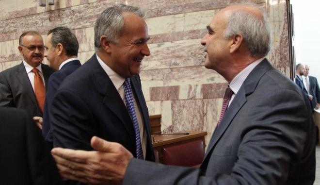 Συνάντηση της Κοινοβουλευτικής Ομάδας της Νέας Δημοκρατίας υπό την προεδρία του Προέδρου της  Ευάγγελου Μεϊμαράκη, στην Αίθουσα Γερουσίας της Βουλής, Σάββατο 3 Οκτωβρίου 2015. (EUROKINISSI/ΓΙΑΝΝΗ ΠΑΝΑΓΟΠΟΥΛΟΣ)