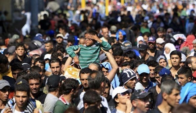 Εξάμηνη παράταση της αναστολής επαναπροώθησης προσφύγων προς την Ελλάδα, αποφάσισε η Γερμανία