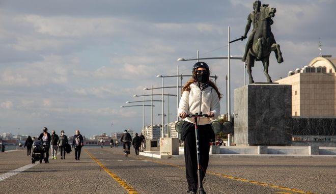 Εικόνα από τη Θεσσαλονίκη σε καιρό καραντίνας