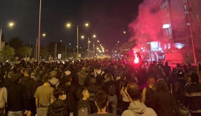 ΕΠΑΛ Σταυρούπολης: Μαζική αντιφασιστική απάντηση στις ακροδεξιές επιθέσεις - 20 προσαγωγές