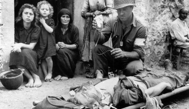 Εικόνα από την βομβαρδισμένη Ιταλία κατά τη διάρκεια του Παγκοσμίου Πολέμου