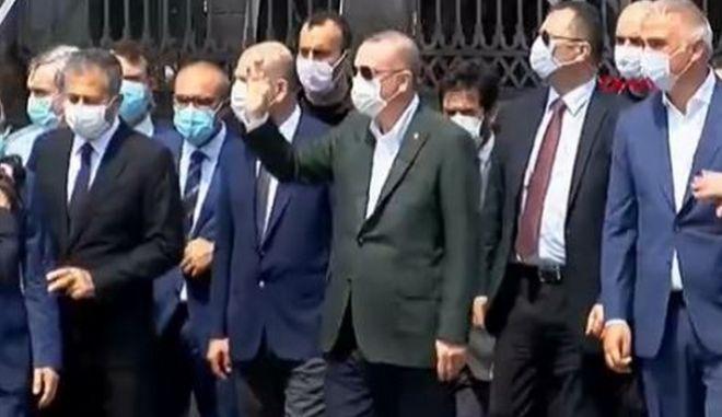 Αγία Σοφία: Ο Ερντογάν επιθεώρησε τη μετατροπή σε τζαμί