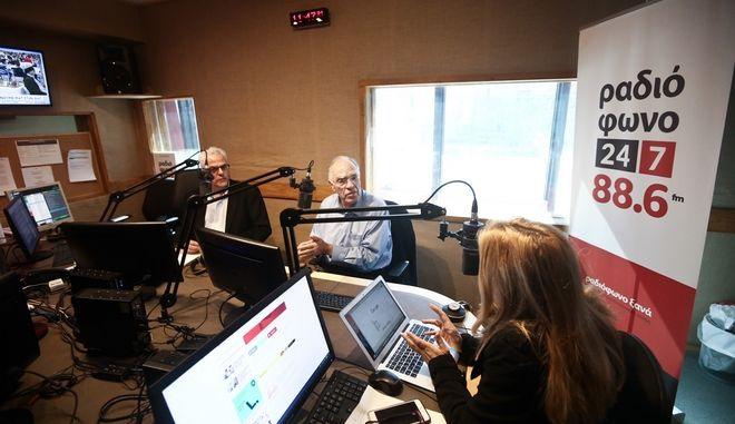 LIVE ΕΙΚΟΝΑ: Ο Βασίλης Λεβέντης στο Ραδιόφωνο 24/7