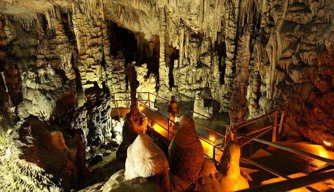 Δικταίον Άντρο: Το σπήλαιο στην Κρήτη και ο μύθος που παραμένει ζωντανός μέχρι σήμερα