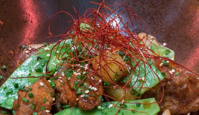Το 'Woowoo' φλερτάρει με την ασιατική κουζίνα και 'ρίχνει' τον ουρανίσκο μας