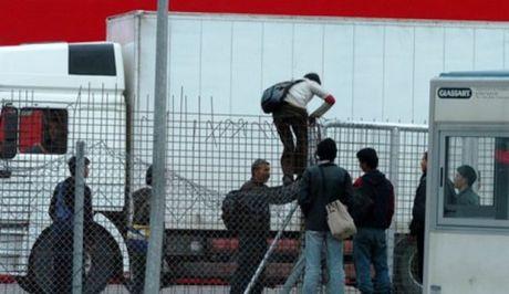 Σύλληψη επτά διακινητών παράνομων μεταναστών στην Πάτρα