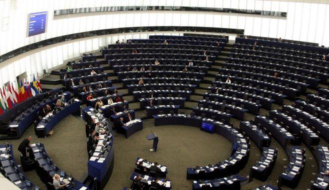 Ευρωεκλογές 2019: Πώς διαμορφώνονται τα αποτελέσματα στην Ευρώπη