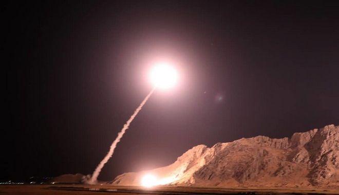 Πύραυλος εκτοξεύεται από στρατιωτική μονάδα του Ιράν, Αρχείο