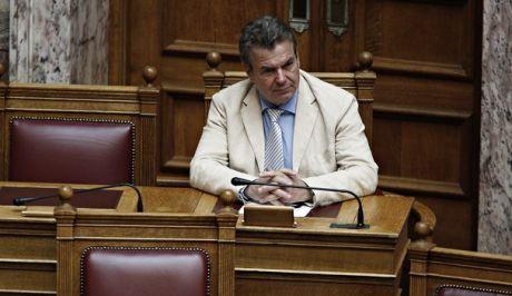 Πετρόπουλος για μπλοκάκια: Θα διαγραφούν οφειλές όσων πλήρωναν διπλές εισφορές