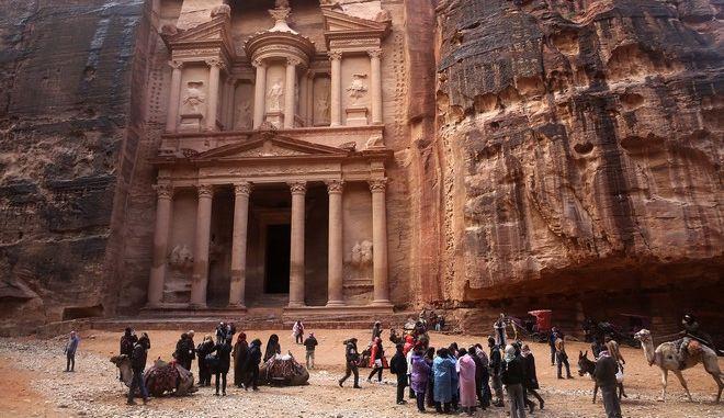 Ο αρχαιολογικός χώρος της Πέτρας που εκκενώθηκε λόγω σφοδρών βροχοπτώσεων