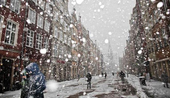 Πολωνία: Τέσσερις νεκροί και 350.000 σπίτια χωρίς ηλεκτρικό εξαιτίας της θύελλας Ξάβερ