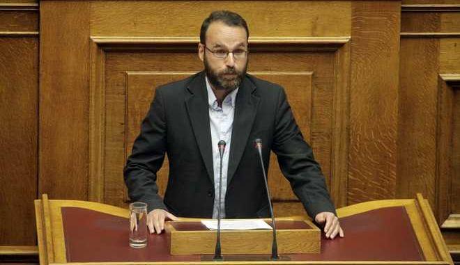 Ειδική συνεδρίαση της Ολομέλειας της Βουλής αφιερωμένη στην ημέρα μνήμης και τιμής για την εξέγερση του Πολυτεχνείου την Τρίτη 17 Νοεμβρίου 2015. (EUROKINISSI/ΓΙΩΡΓΟΣ ΚΟΝΤΑΡΙΝΗΣ)