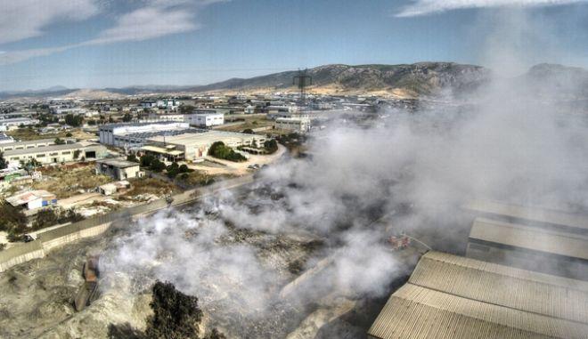 Φωτιά σε εργοστάσιο ανακύκλωσης στον Ασπρόπυργο (φωτό αρχείου)