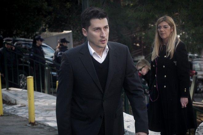Ο εκπρόσωπος του ΚΙΝΑΛ, Παύλος Χρηστίδης στην κηδεία του Θέμου Αναστασιάδη