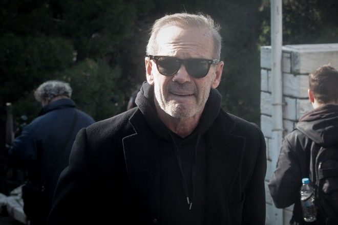 Ο Πέτρος Κωστόπουλος στην κηδεία του Θέμου Αναστασιάδη