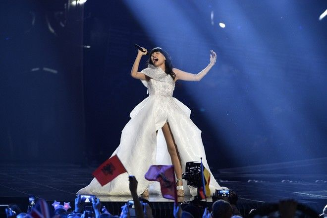 epaselect epa05300245 Dami Im of Australia performs the song 'Sound Of Silence' during rehearsals for the Second Semi-Final of the 61st annual Eurovision Song Contest (ESC) at the Ericsson Globe in Stockholm, Sweden, 11 May 2016. The event's grand final takes place on 14 May.  EPA/MAJA SUSLIN SWEDEN OUT