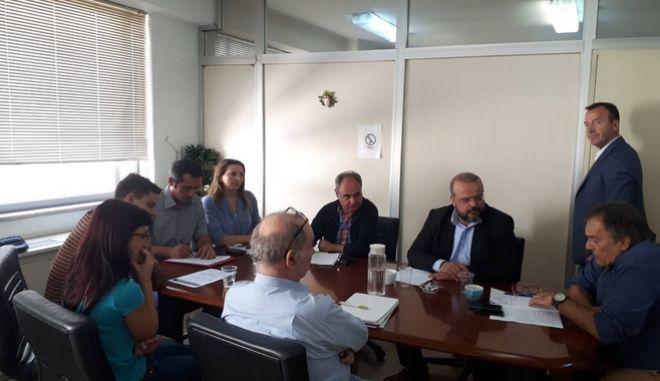 Νεφελούδης: Άμεσα στους εργοδότες η εγκύκλιος για τις υποχρεώσεις απέναντι στους διανομείς