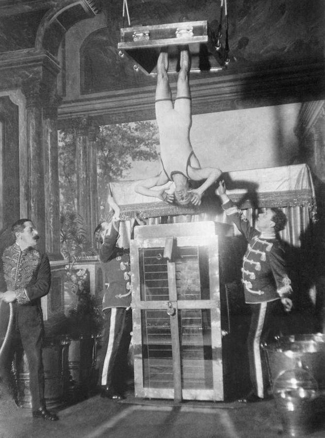 Μηχανή του Χρόνου: Το μαρτύριο της σταγόνας - Το φρικτό βασανιστήριο που οδηγούσε στην τρέλα
