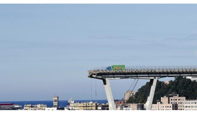 Εθνικό πένθος για τα θύματα της γέφυρας στη Γένοβα