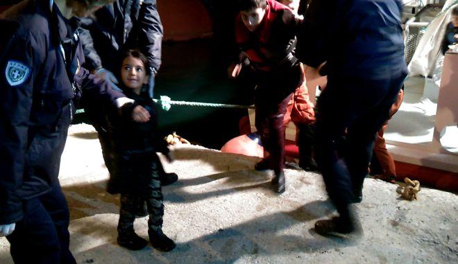 Τρεις νεκροί, ο μέχρι στιγμής απολογισμός από το ναυάγιο στην Καλόλιμνο